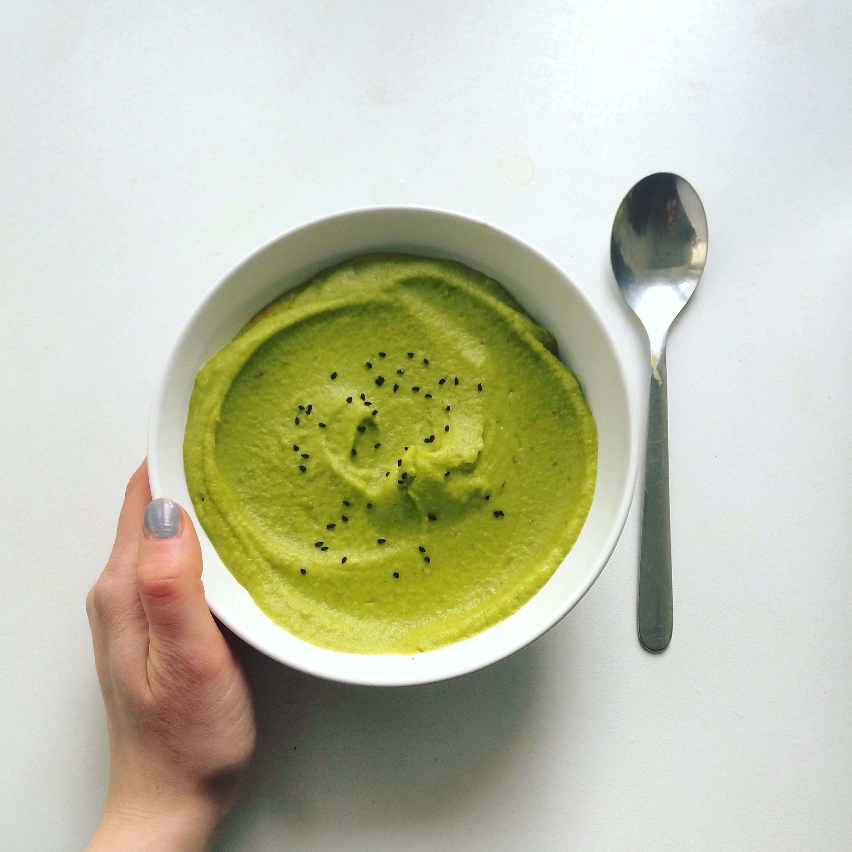 Zielona zupa z masłem ghee